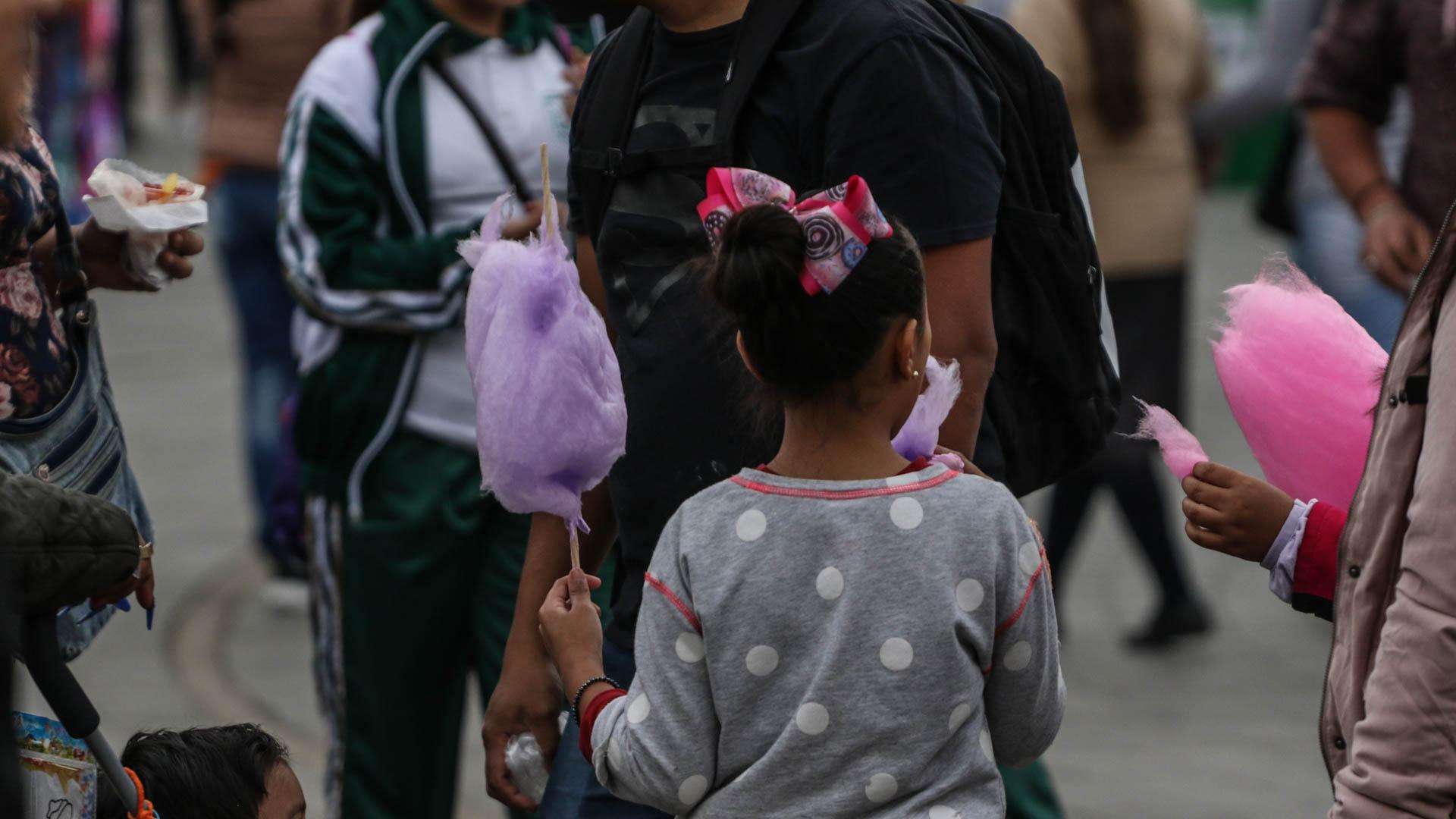 Niñas y niños son el objetivo de las empresas de productos chatarra. Foto: Juan José L. Plascencia