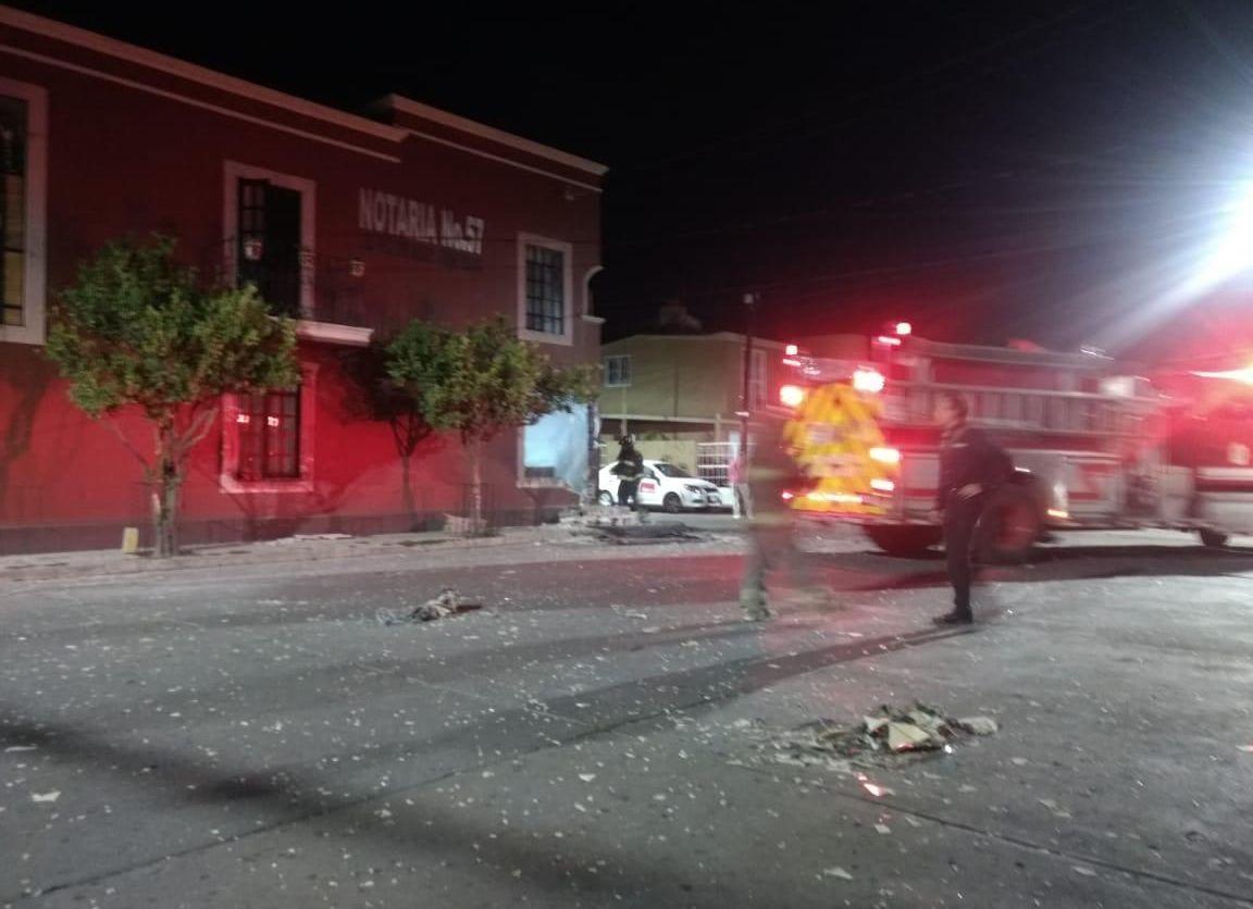 Área de daños por explosión dentro de notaría. Foto: POPLab