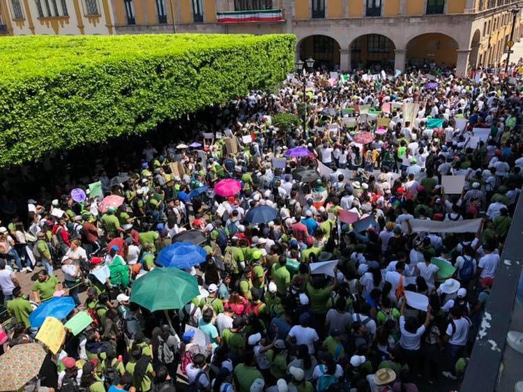 La protesta reunión a unas 14 mil personas. Foto: Vivir sin miedo Celaya