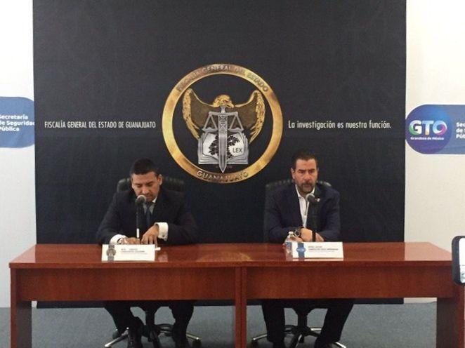 Carlos Zamarripa, fiscal general, y Alvar Cabeza de Vaca, titular de SSP. Foto: archivo