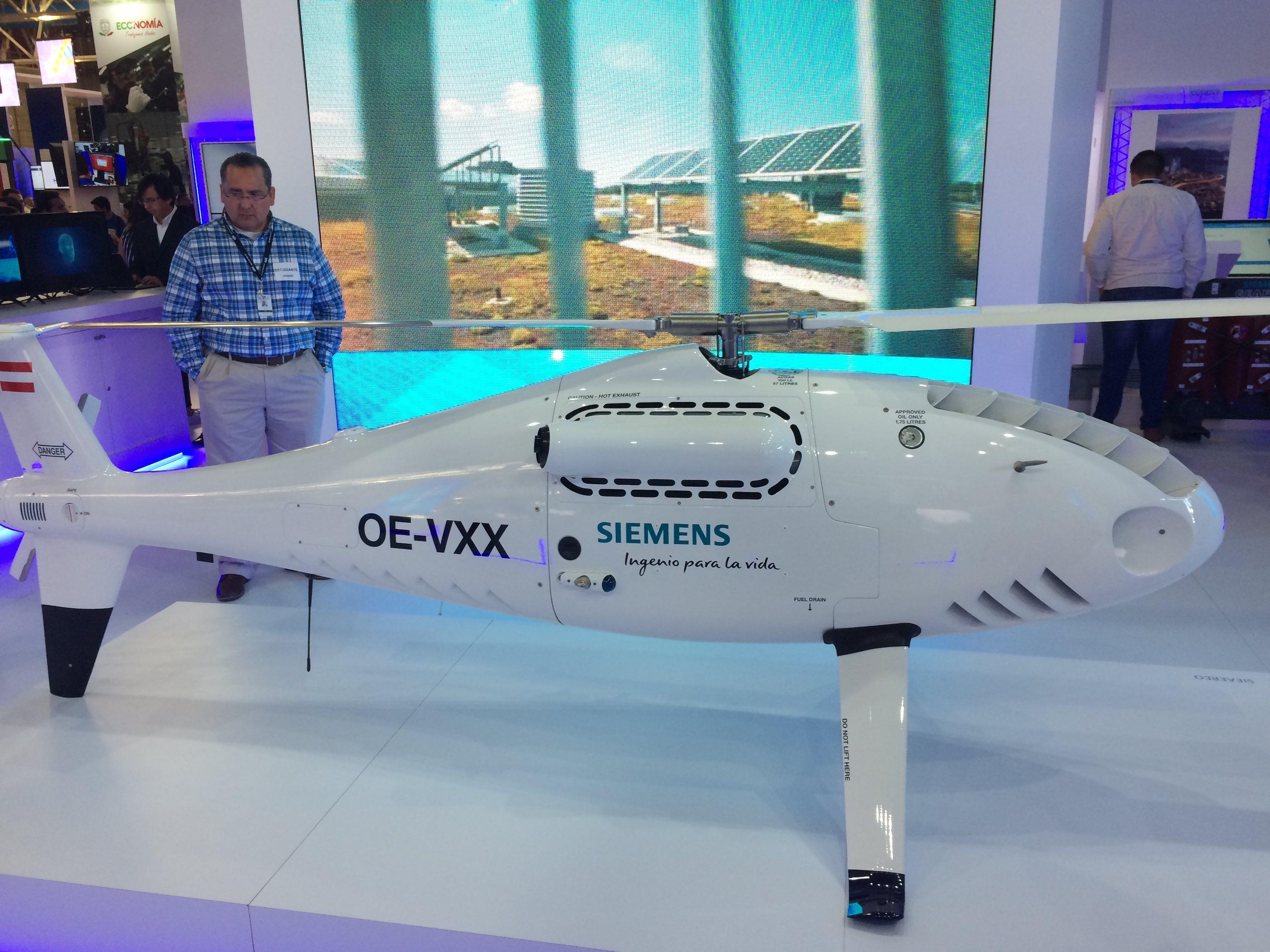 Dron de exhibición.