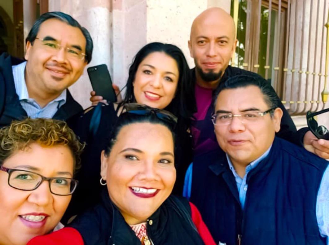 Raymundo Sandoval, Gabriela Montejano, Carlos García, Verónica Espinosa, Guadalupe Hernández y Alfonso Machuca al salir de la reunión con el Secretario de Gobierno en octubre de 2018.